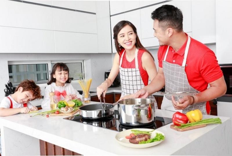 Mộng thấy mình đang nấu cơm cho con cái, cặp số may mắn là 47 - 77
